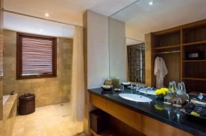 7. Spacious bathroom